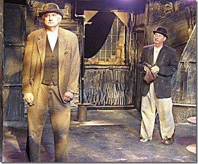 Mike Nowak (Vladimir), Bob Wilson (Estragon)