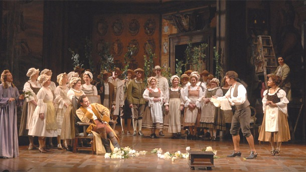 Review marriage of figaro flawless fun farce for Farcical opera