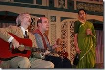 Donald Brearley (Toby), Craig Spidle (Feste) & Mouzam Mekkar (Maria)