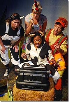 Click, Clack, Moo - Lifeline Theatre  004