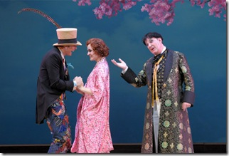 12 Toby Spence as Nanki-Poo Andriana Chuchman as Yum-Yum Neal Davies as Ko-Ko THE MIKADO RST_9010 c Dan Rest