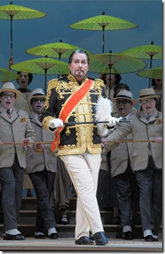 15 James Morris as THE MIKADO RST_9172 c Dan Rest
