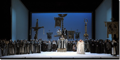 Entire ensemble from Richard Wagner's 'Lohengrin' at Lyric Opera Chicago. Photo by Dan Rest.