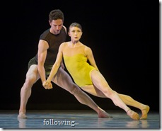 "5/18/11 4:31:59 PM -- Hubbard Street Dance Chicago's Jesse Bechard and Kellie Epperheimer perform Alonzo King's ""Following the Subtle Current Upstream.""  (Photo: Todd Rosenberg Photography)"