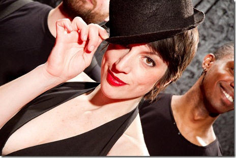 "Joseph Schupbach, Mary Fons and Donnell Williams in 'Performing Tonight: Liza Minnelli's Daughter"" at Neo-Futurists"