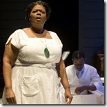 """Wydetta Carter in """"Porgy and Bess"""". (photo: Michael Brosilow)"""